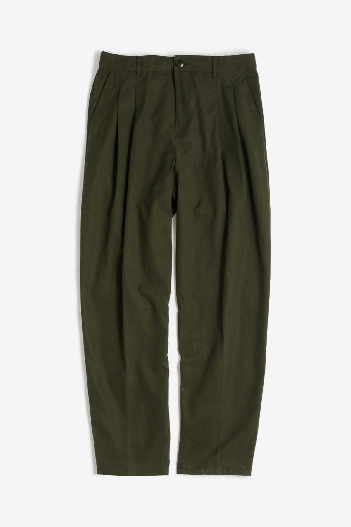 A Kind of Guise Pleated Wide Trousers in Misty Moss