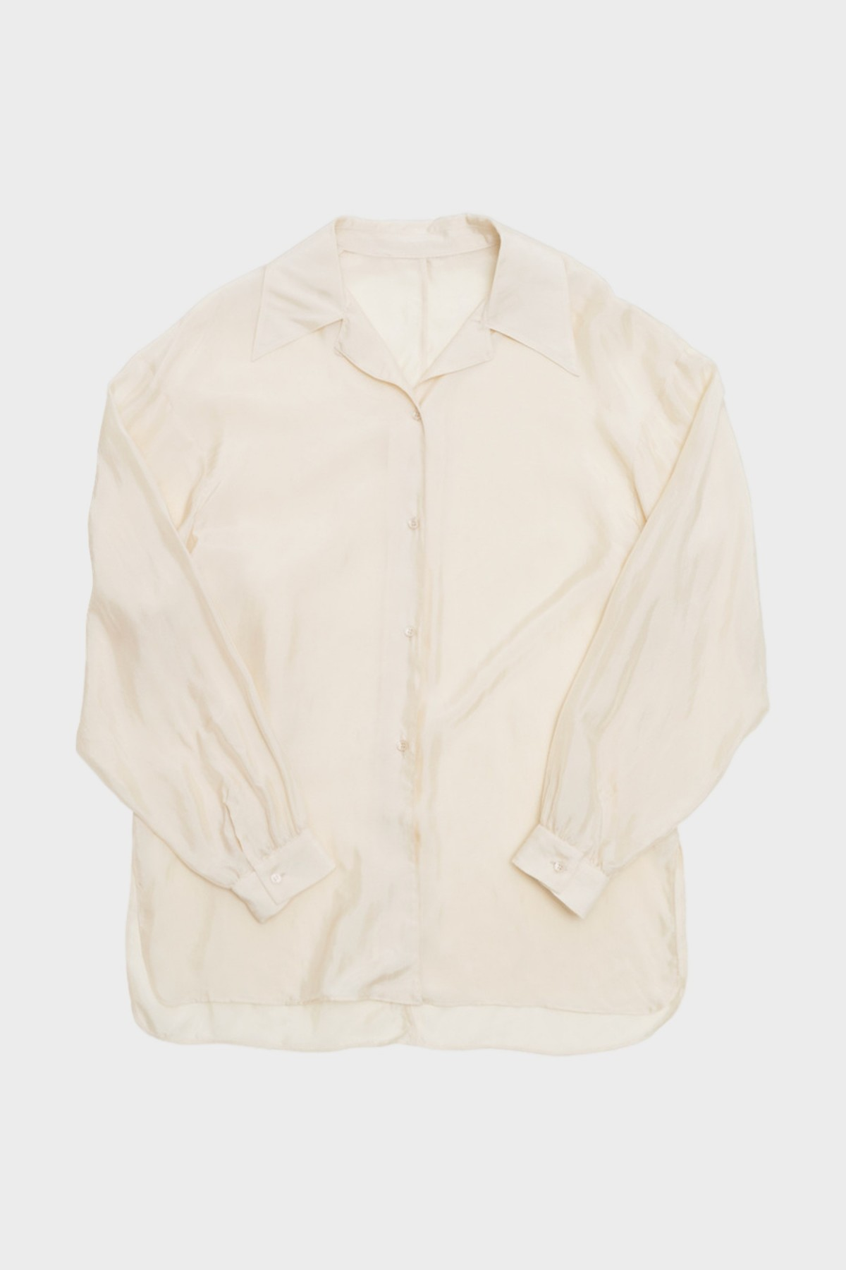 Amomento Wide Collar Blouse in Wide Collar Blouse