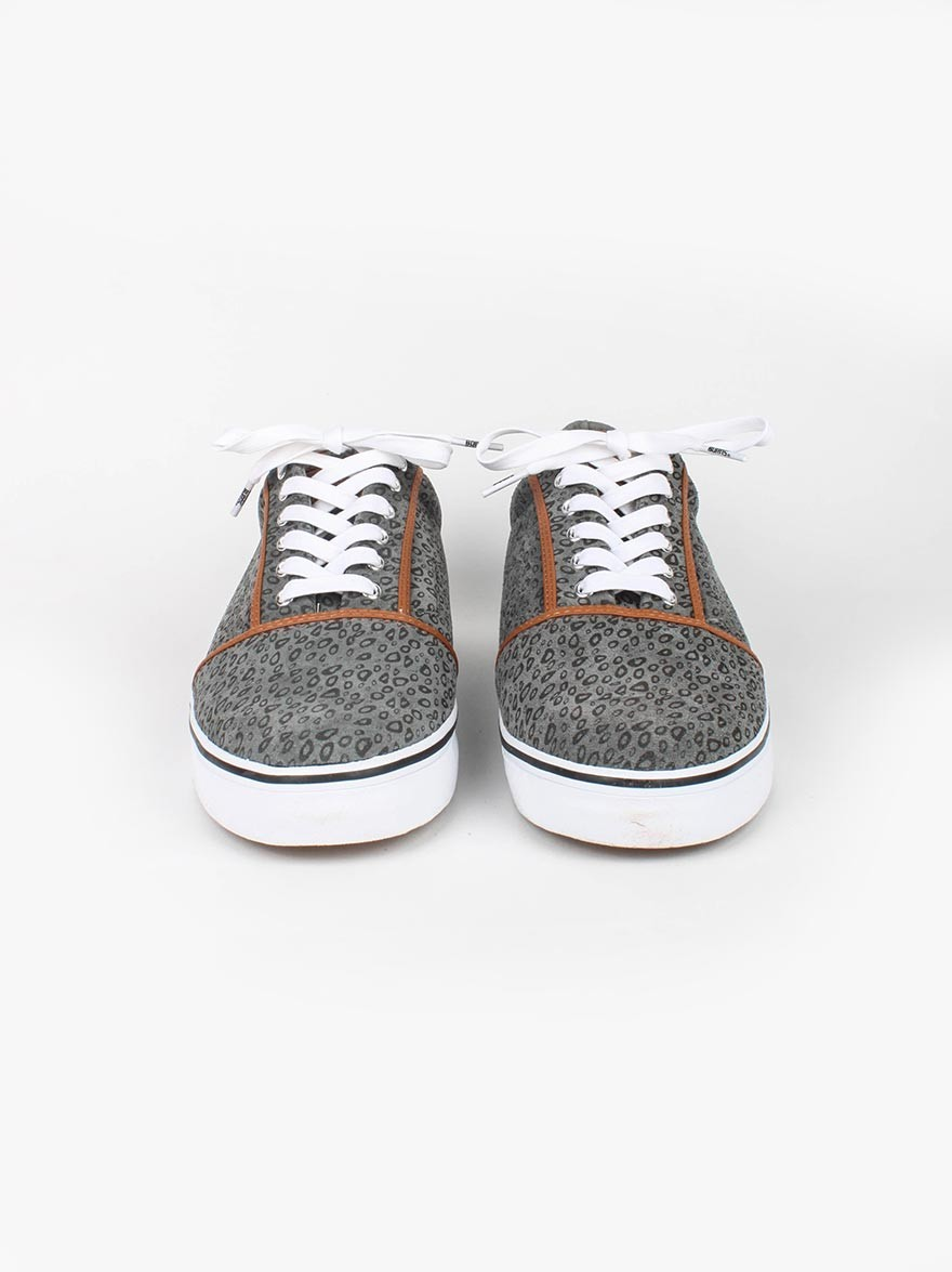 Bobbie Burns Vajert Low Leopard in Grey