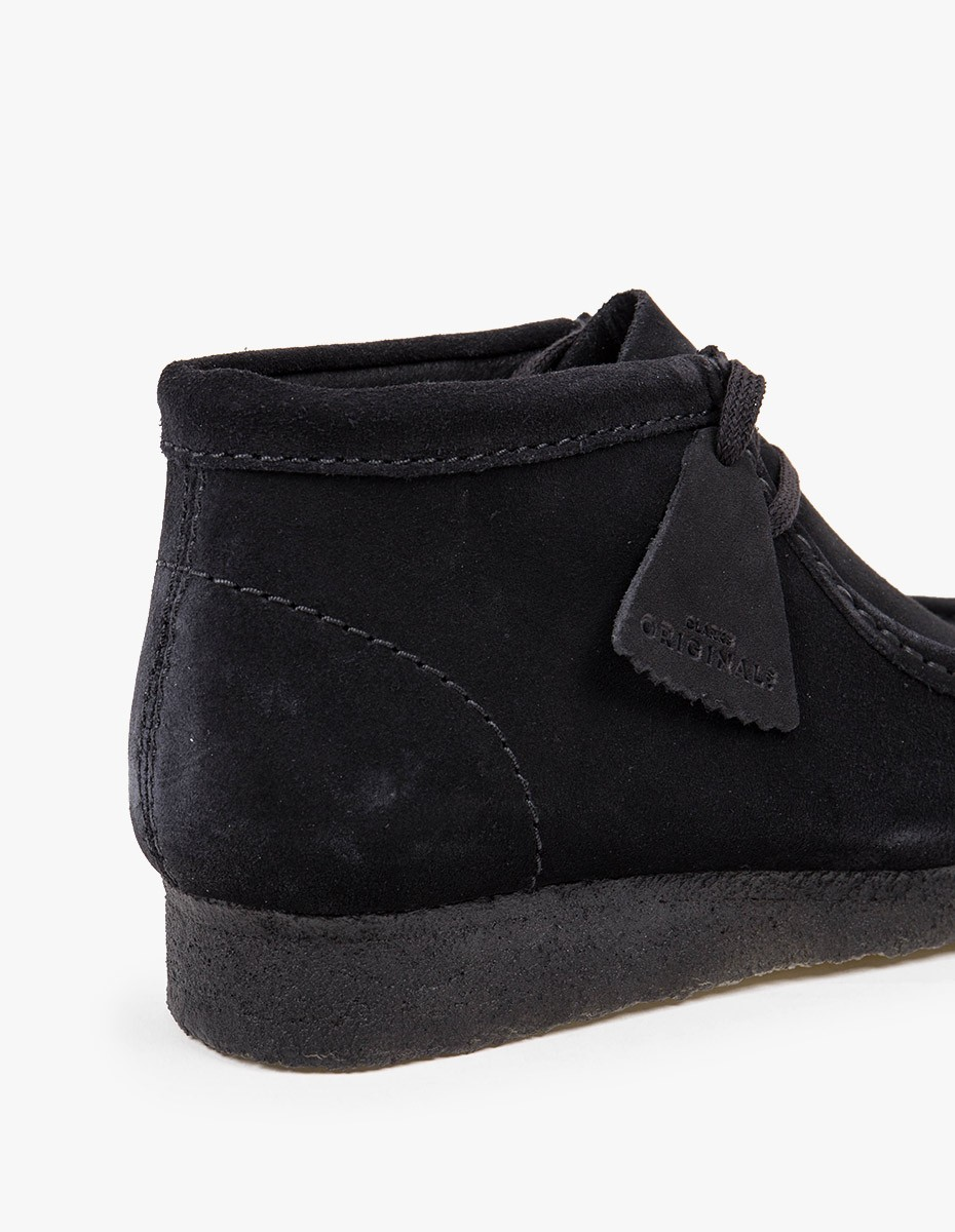 Clarks Originals Wallabee Boot in Black Suede