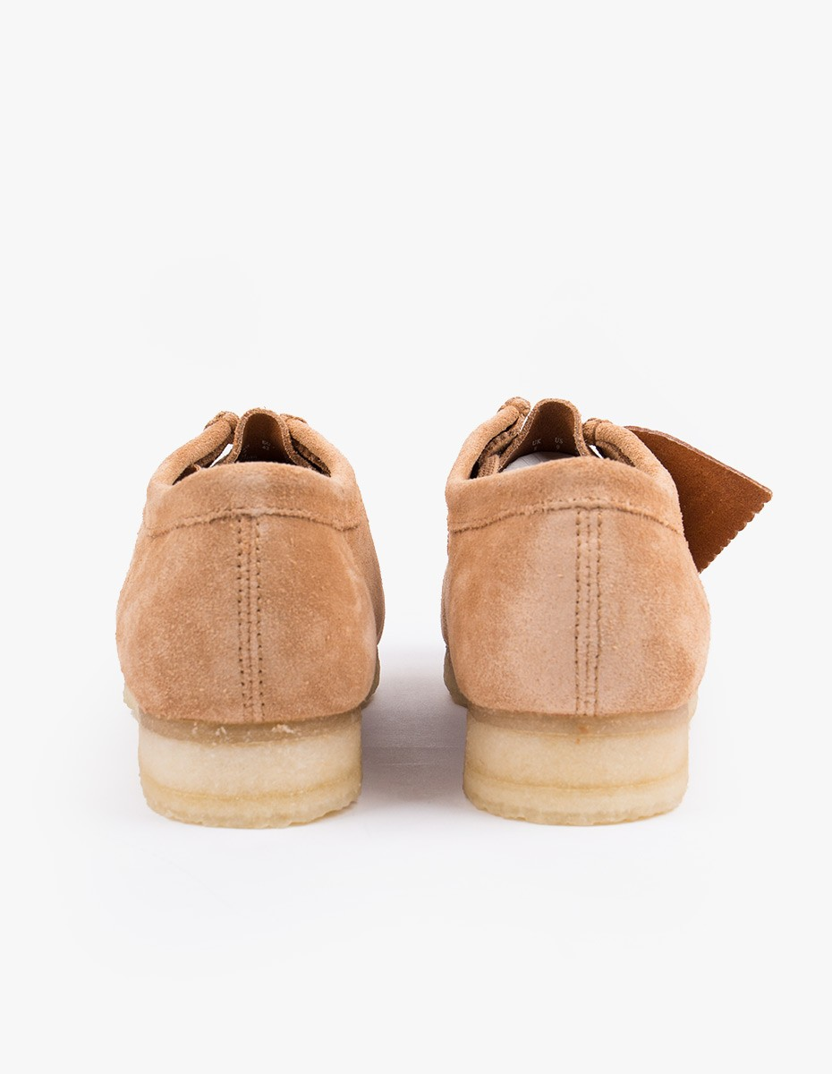 Clarks Originals Wallabee Shoe in Fudge