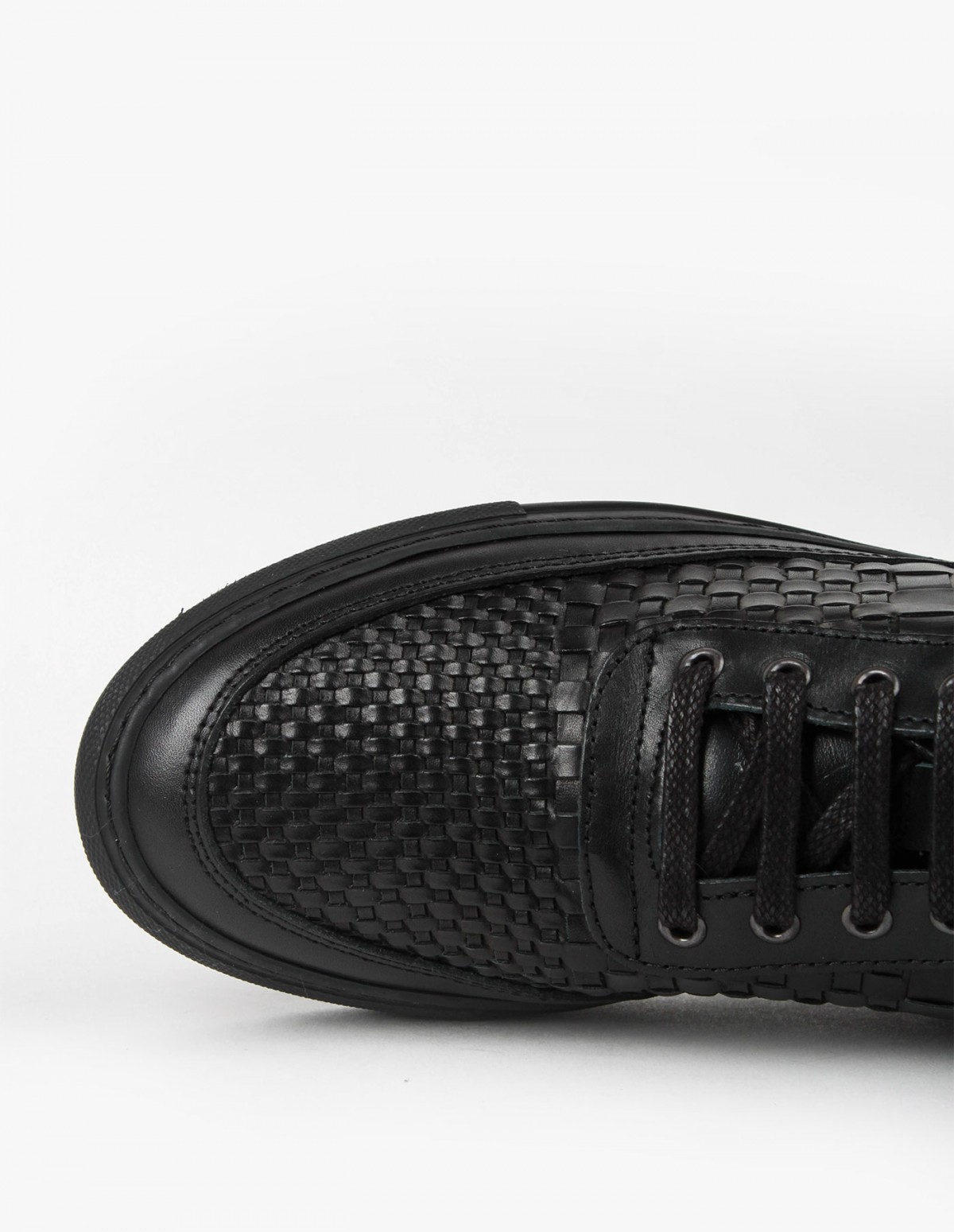 Filling Pieces Low Top ACP Woven in Black