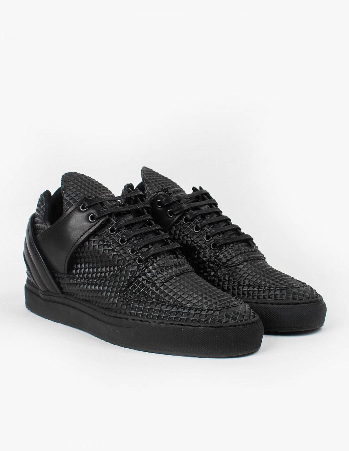 Filling Pieces Low Top Transformed Pyramid  in Black