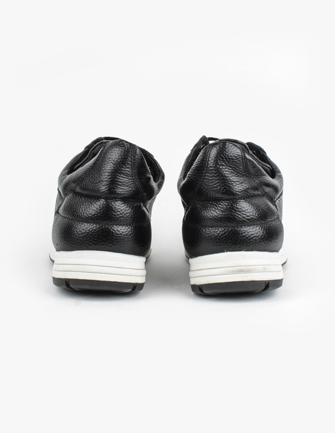 Filling Pieces Low Runner in Black