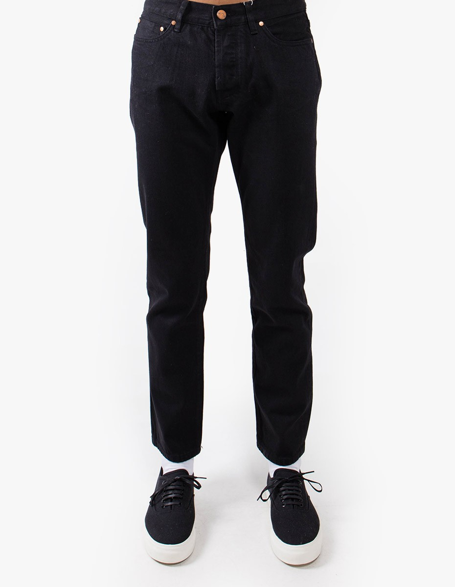 Han Kjøbenhavn Tapered Jeans in Black