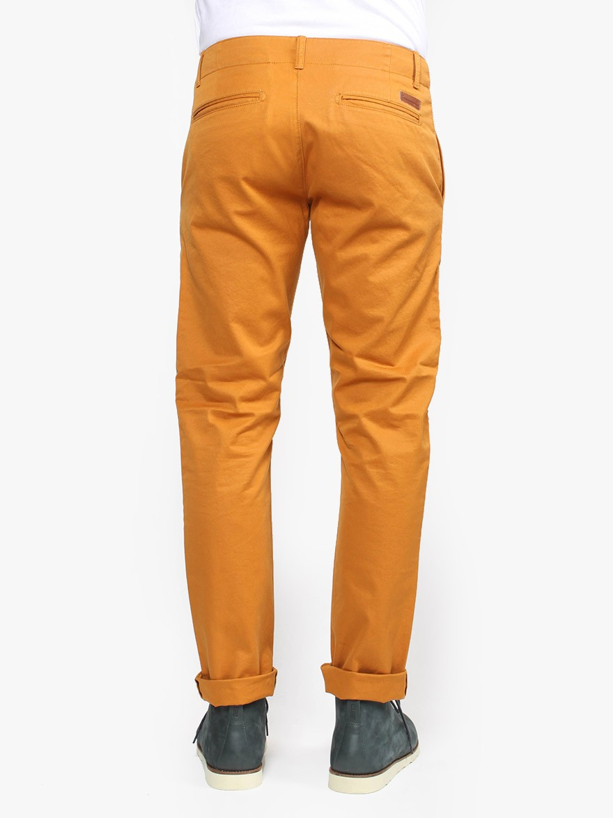 Knowledge Cotton Apparel Twill Chino in Buckthorn