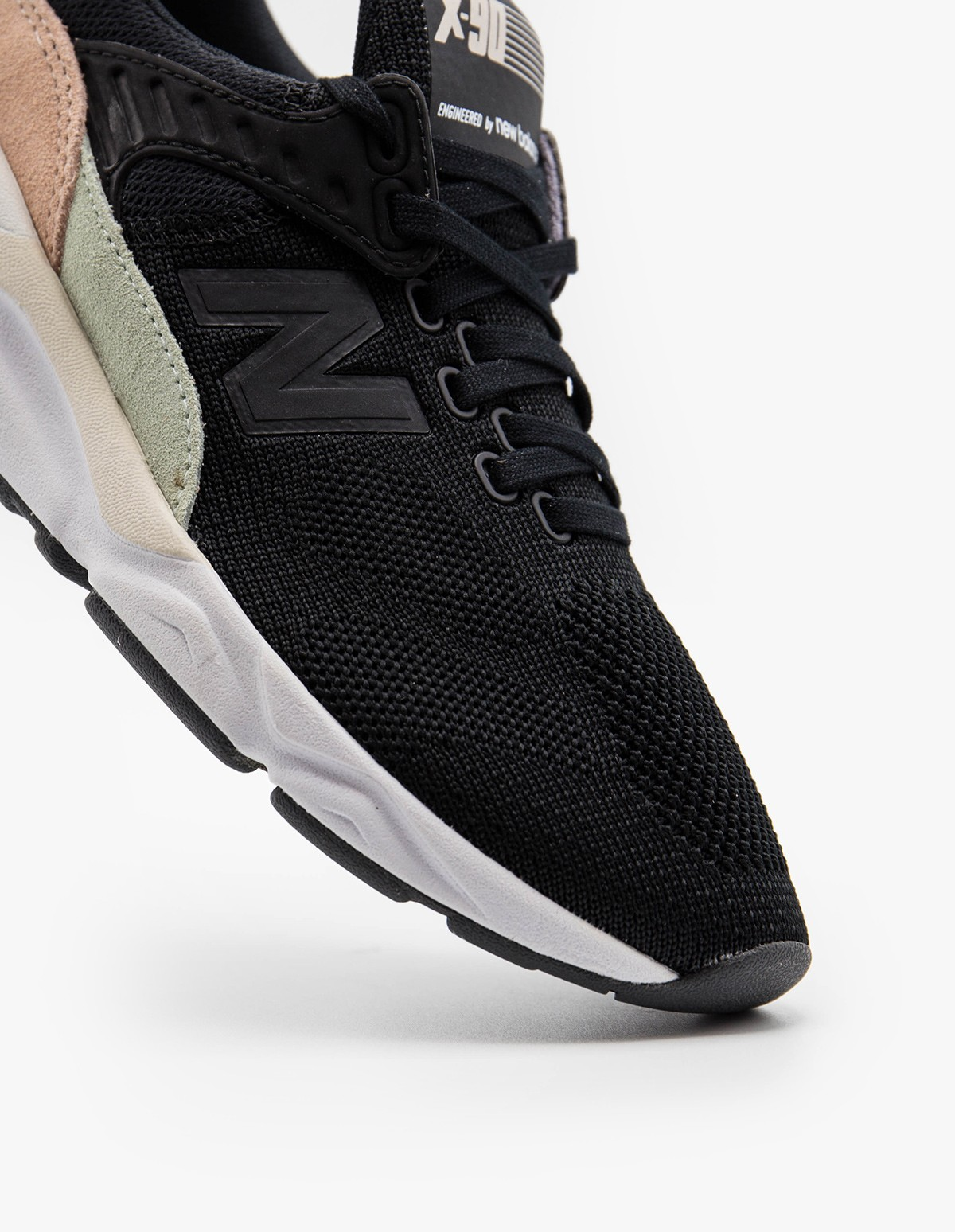 New Balance WSX90TXB in Black