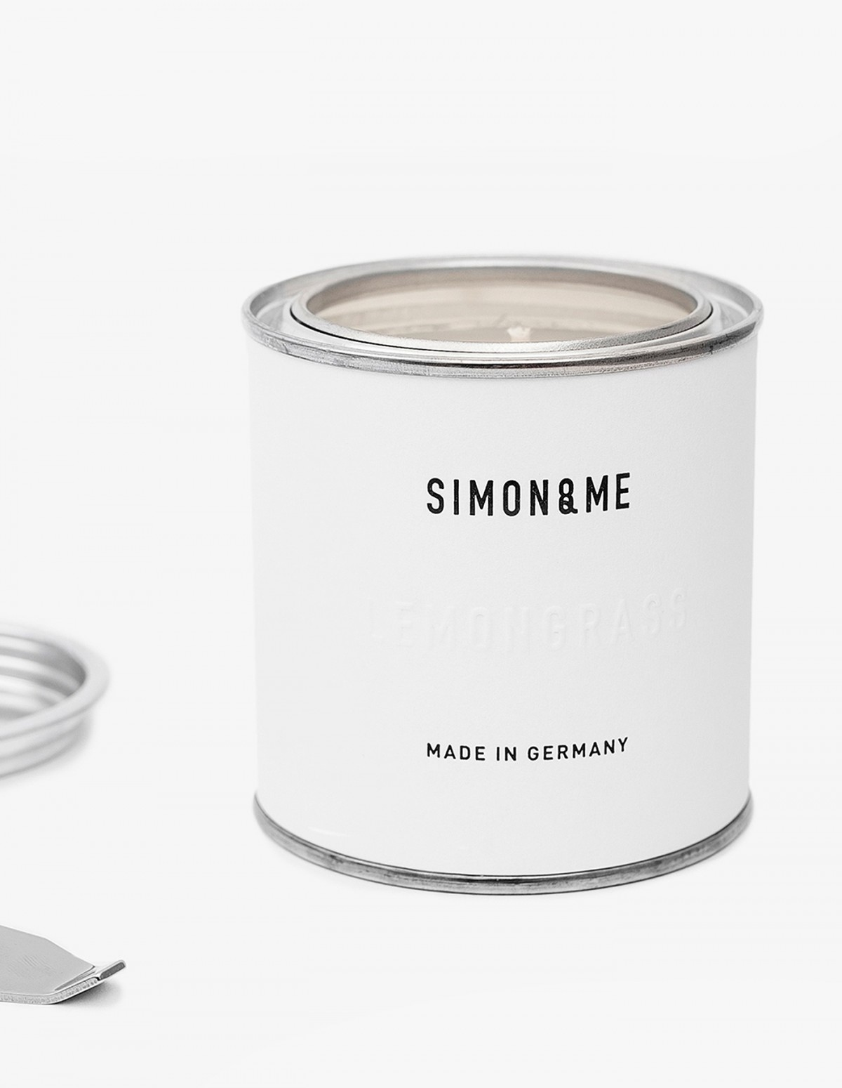 The Scented Candle in Mountain Pine