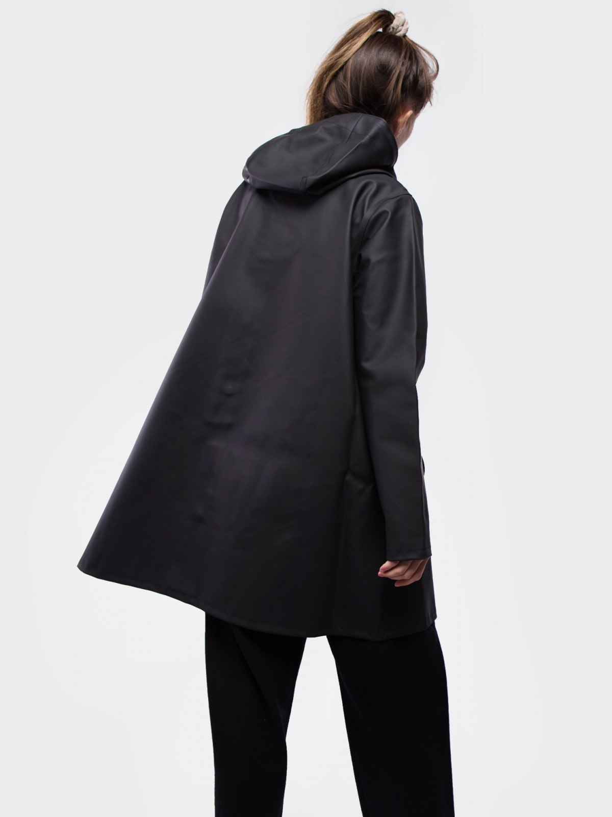 Stutterheim Mosebacke Raincoat in Black