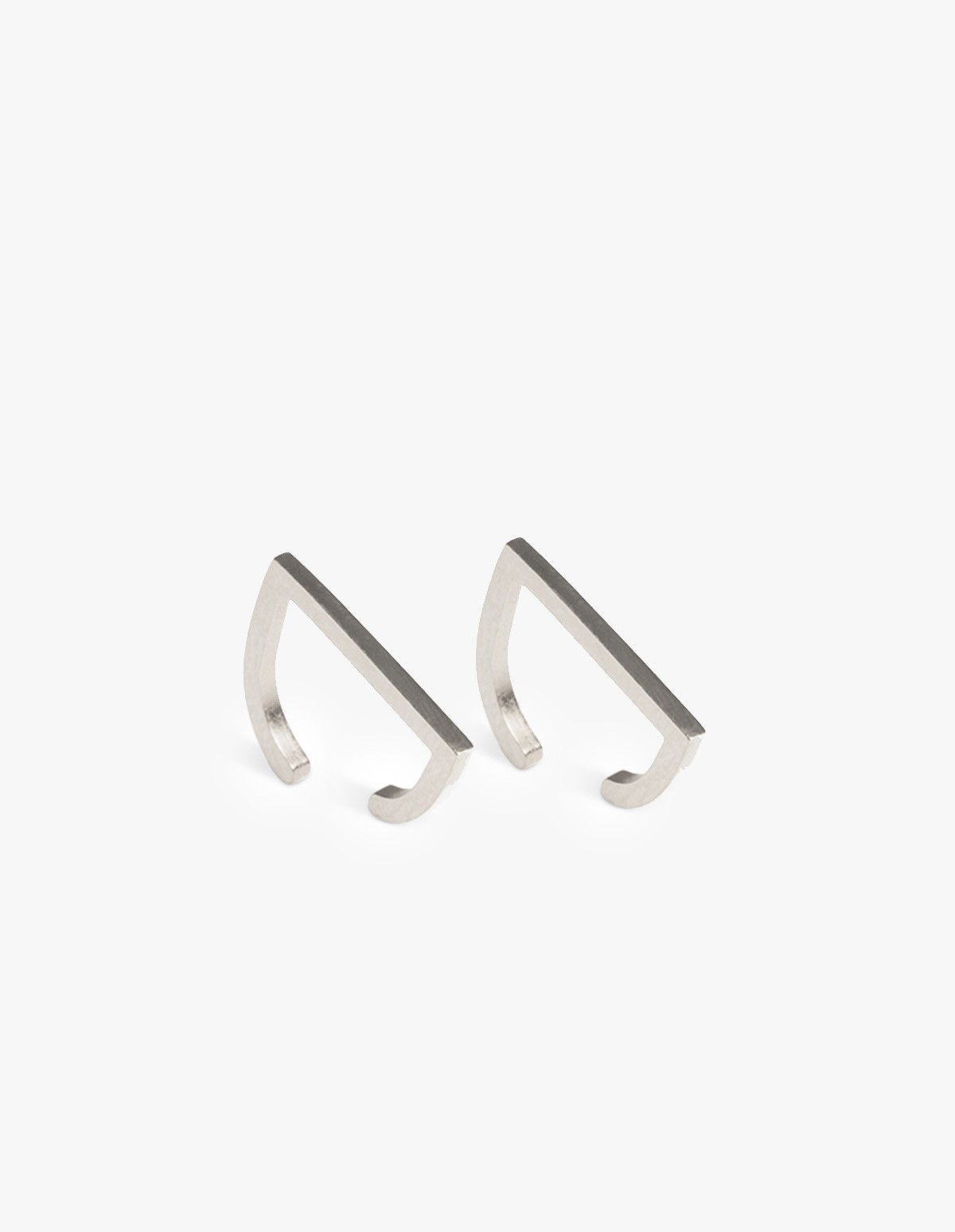 The Boyscouts Earring Rivet Silver - Pair  in Silver