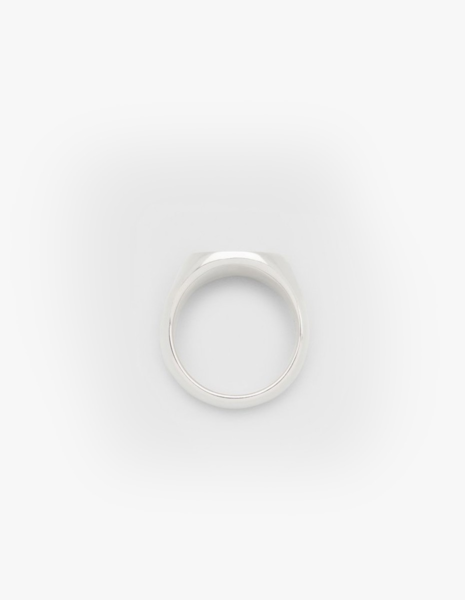 Tom Wood Oval Stingray Ring in Silver