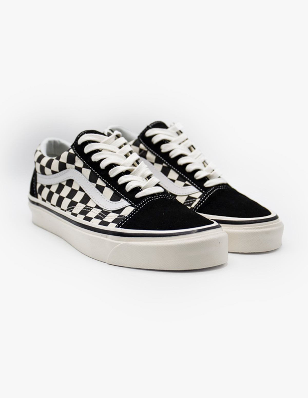 Vans Old Skool 36 DX in Black & White Checkerboard