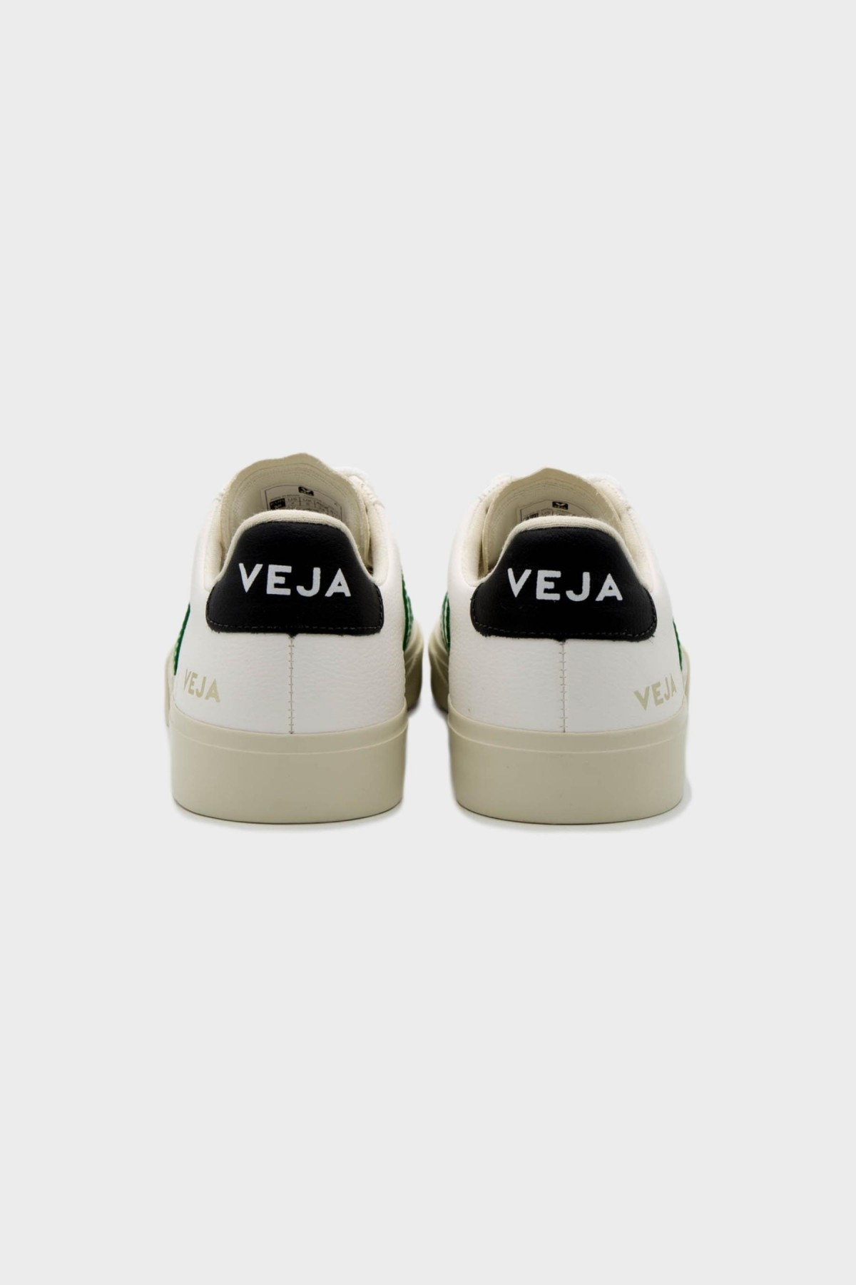 Veja Campo Chromefree Leather in Emeraude Black