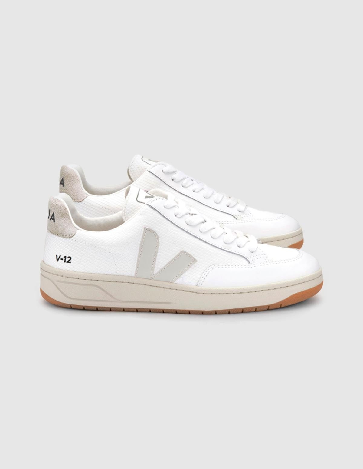 Veja V-12 B-Mesh  in  Extra White Natural