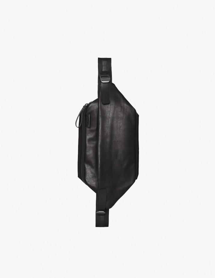 Isarau Alias Leather