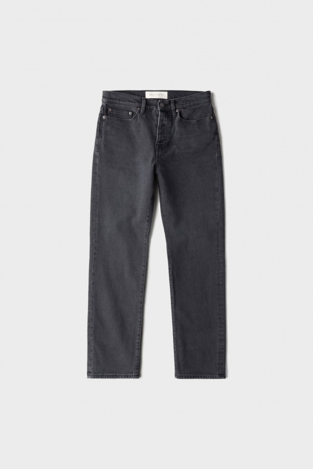 CW002 Classic Fit Jeans